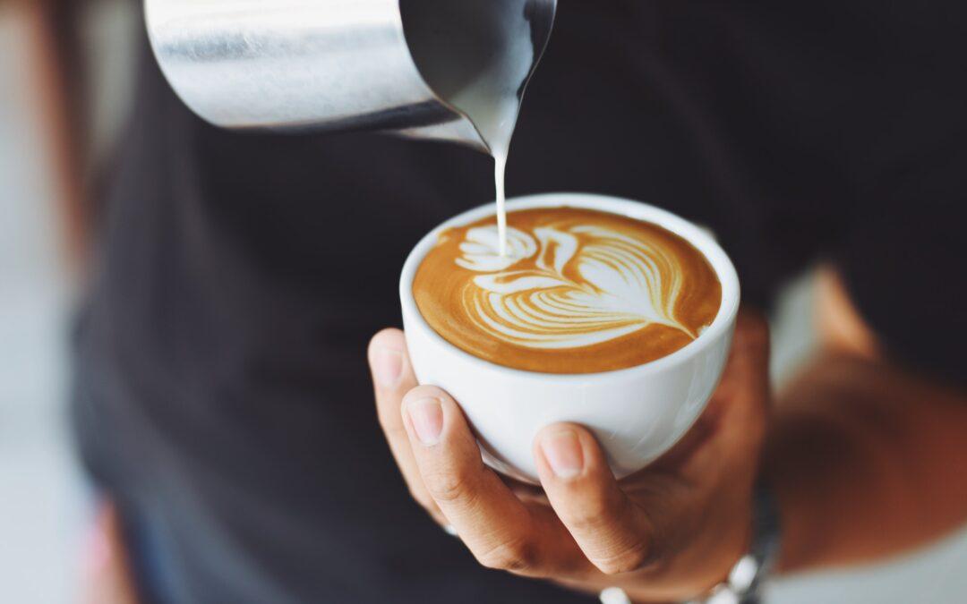 Drik med komfort og god samvittighed udendørs morgenkaffe